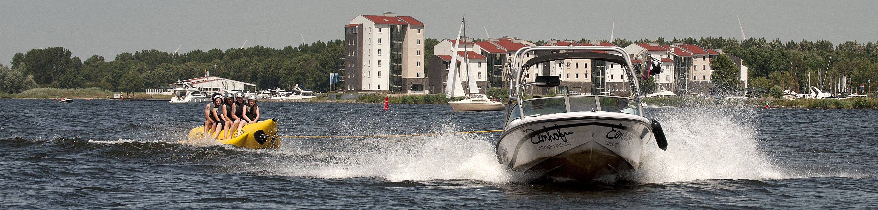 Bananenboot | Banaanvaren | Eemhof Watersport & Beachclub