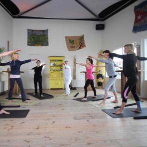 Bedrijfsuitje indoor | Yoga workshop | Eemhof Watersport & Beachclub