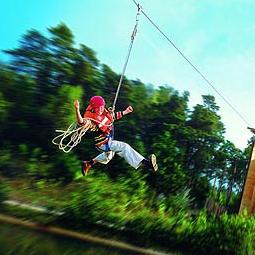Bedrijfsuitje Zip Wire | Zipline vrijgezellenfeest | Eemhof Watersport & Beachclub