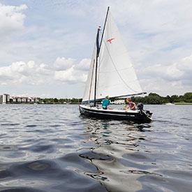 Bedrijfsuitje Zeilen | Eemhof Watersport & Beachclub