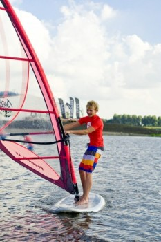 Windsurfen | Windsurf verhuur | Eemhof Watersport & Beachclub