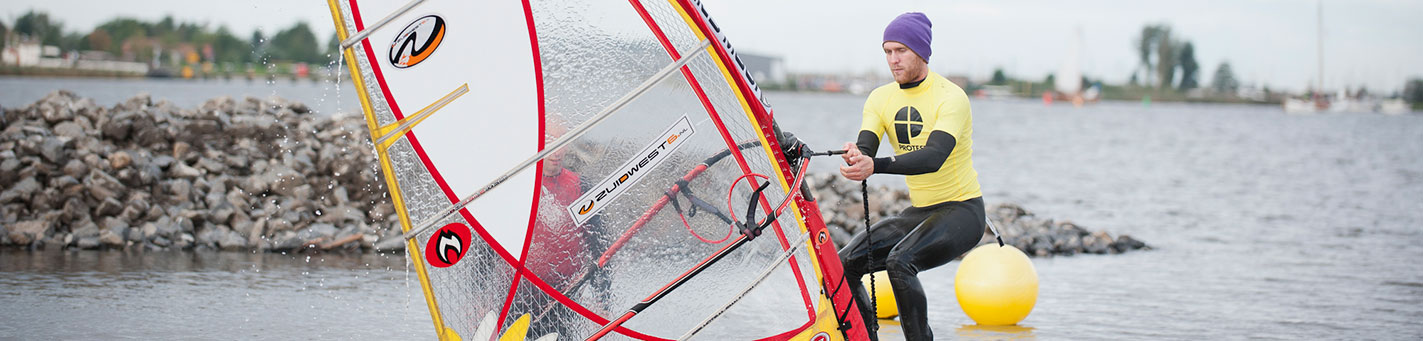 Windsurfles voor beginners | Eemhof Watersport