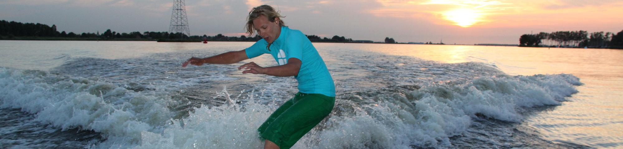 Wakesurfen | Eemhof Watersport & Beachclub