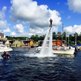 Flyboarden | Bedrijfsuitje | Teamuitje | Eemhof Watersport & Beachclub
