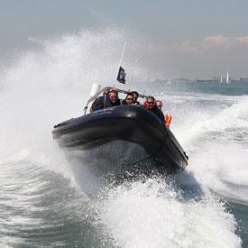 Powerboat varen | Bedrijfsuitje | Vrijgezellenfeest | Eemhof Watersport & Beachclub